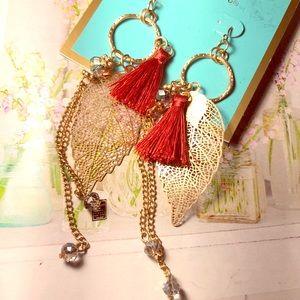 Gold leaf & rust colored tassel earrings NWT